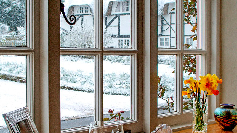 The Pros and Cons of Insulated Windows